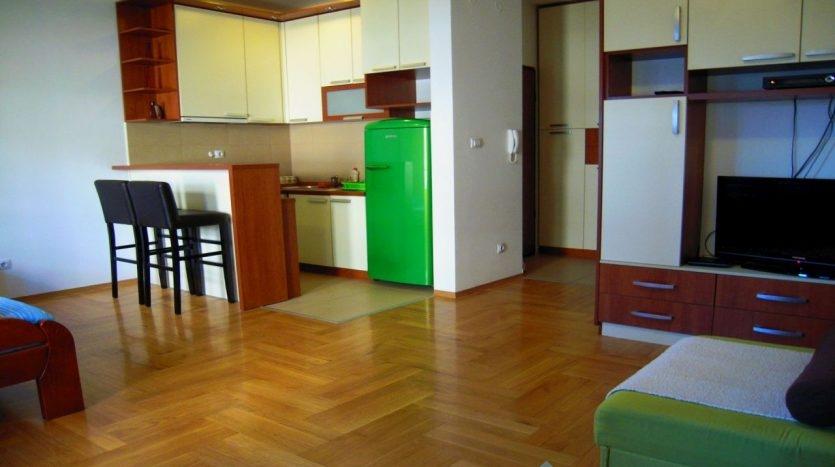 dnevna soba od apartmana u Podgorici