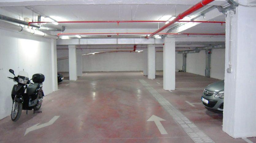 garaža od Renta Stanova na dan u Podgorici
