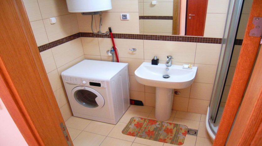 kupatilo od Renta Stanova na dan u Podgorici